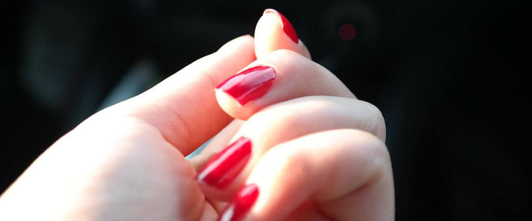 Gel Fingernägel – Die Vor- und Nachteile