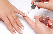 Nägel aus Acryl machen
